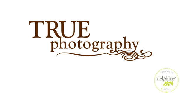 delphine graphic design studio true photography logo